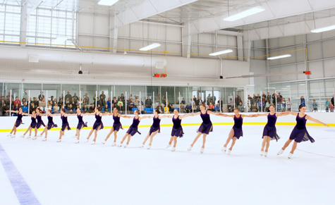 04_figure skaters_ leaside