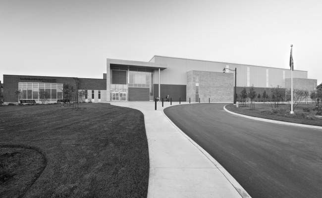 Lincoln Arena Feature BW